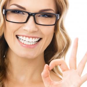 5 Tips Para Make Up Con Anteojos Tips De Maquillaje